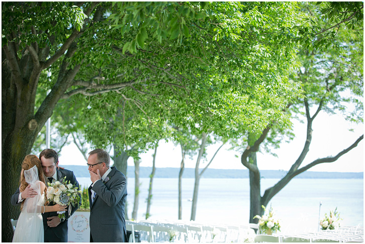 039_kim-thiel-photography_wisconsin_Summer_wedding_North_Shore