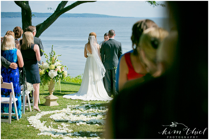077_kim-thiel-photography_wisconsin_Summer_wedding_North_Shore