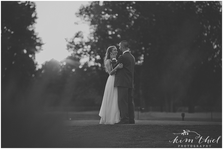 165_kim-thiel-photography_wisconsin_Summer_wedding_North_Shore