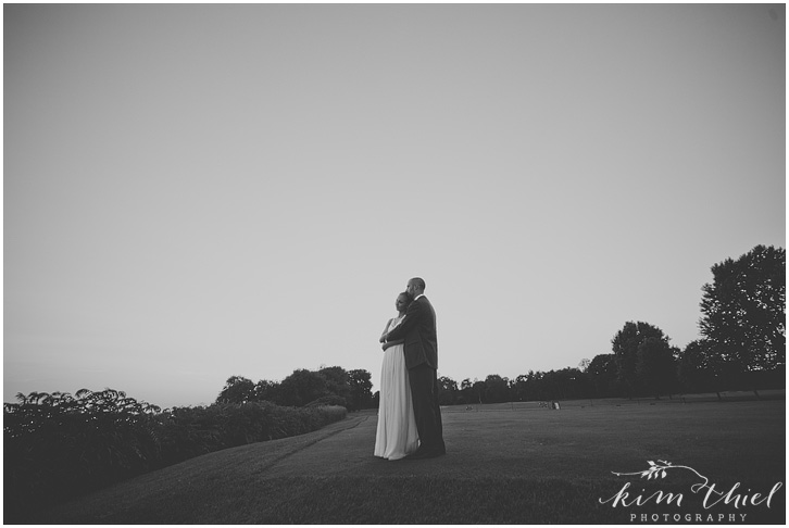 169_kim-thiel-photography_wisconsin_Summer_wedding_North_Shore
