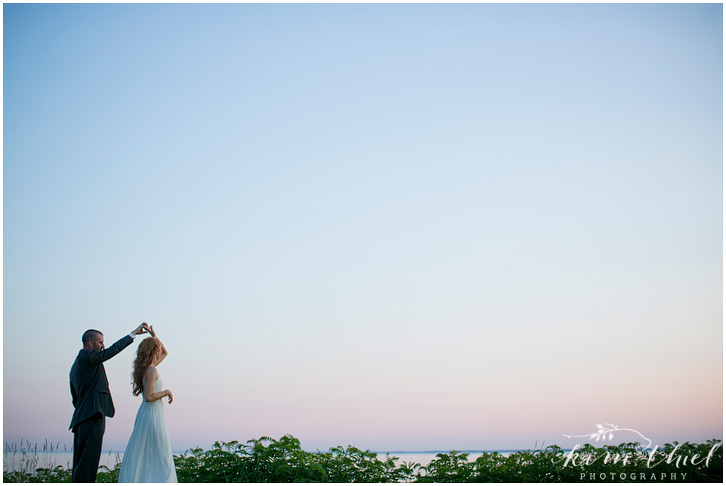 171_kim-thiel-photography_wisconsin_Summer_wedding_North_Shore