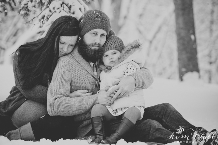 the-refuge_winter-family-28