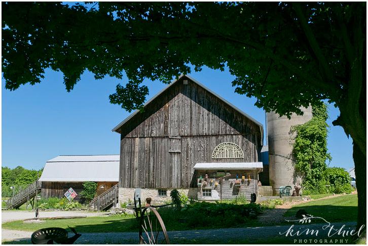 Kim-Thiel-Photography-Woodwalk-Gallery-Wedding-002