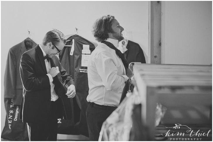 Kim-Thiel-Photography-Woodwalk-Gallery-Wedding-021