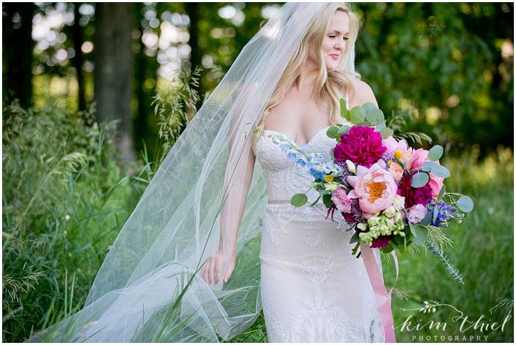 Kim-Thiel-Photography-Woodwalk-Gallery-Wedding-031