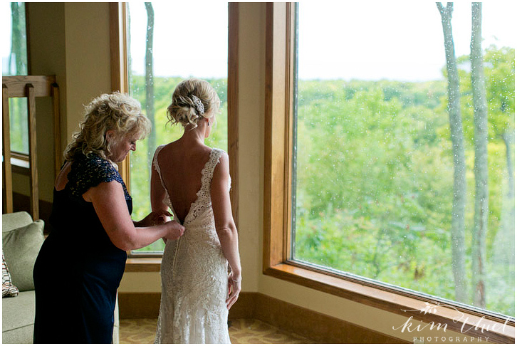 kim-thiel-photography-bride-prep-017