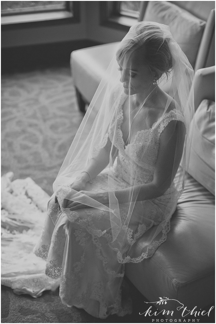 kim-thiel-photography-bride-prep-024