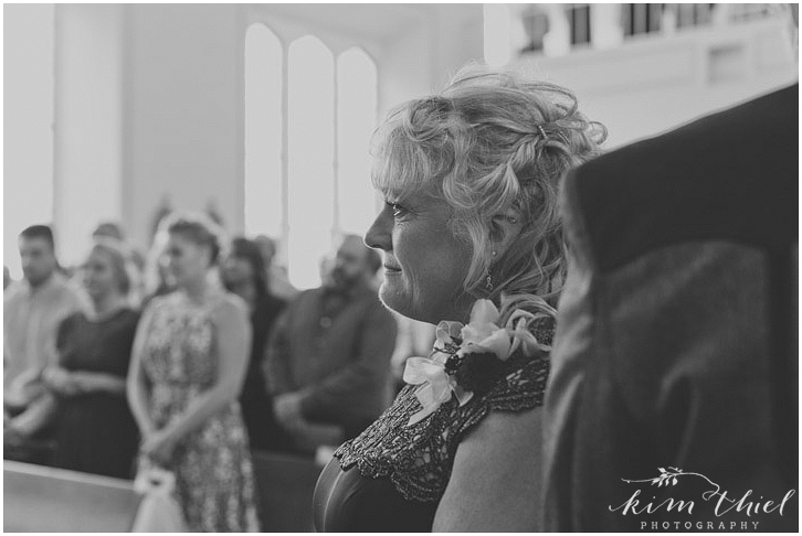 kim-thiel-photography-catholic-ceremony-048