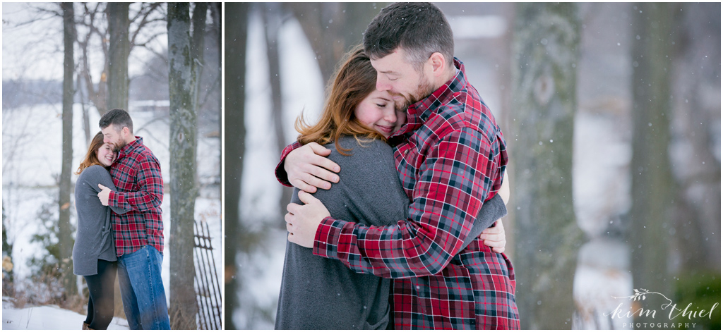 04-Kim-Thiel-Photography-Snowy-Engagement