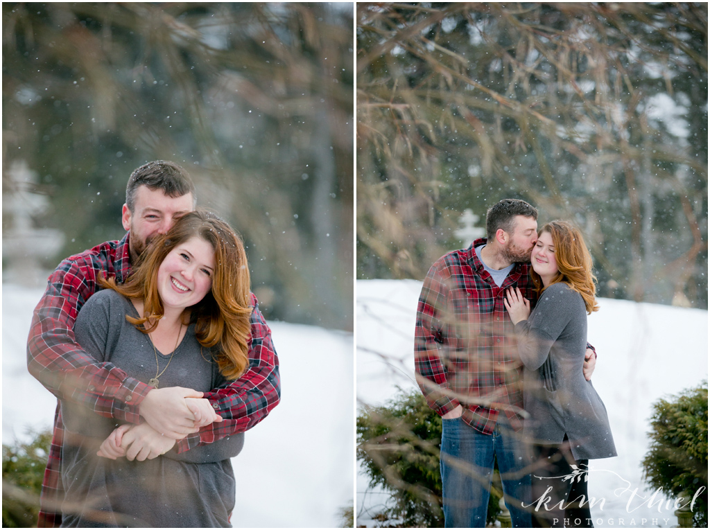 06-Kim-Thiel-Photography-Snowy-Engagement