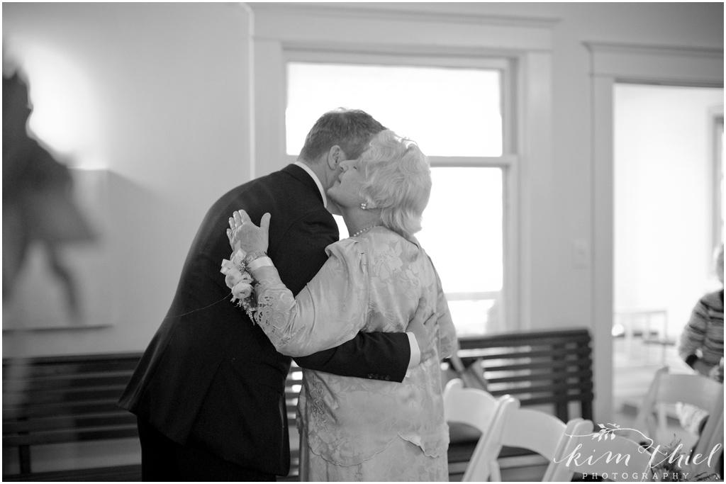 Kim-Thiel-Photography-Door-County-Cherry-Blossom-Wedding-11