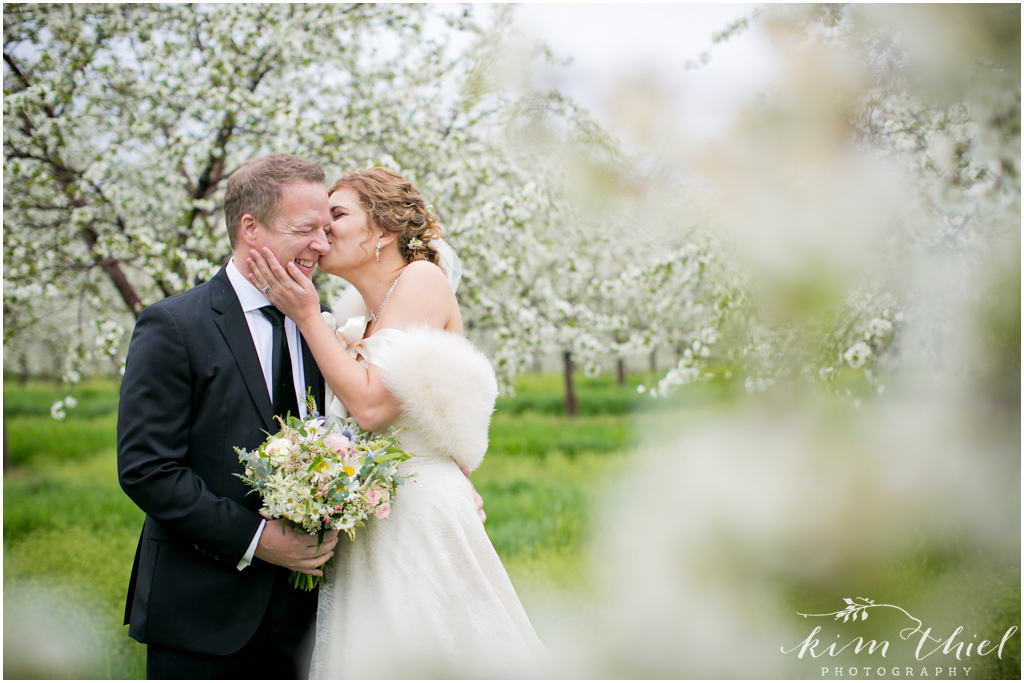 Kim-Thiel-Photography-Door-County-Cherry-Blossom-Wedding-25