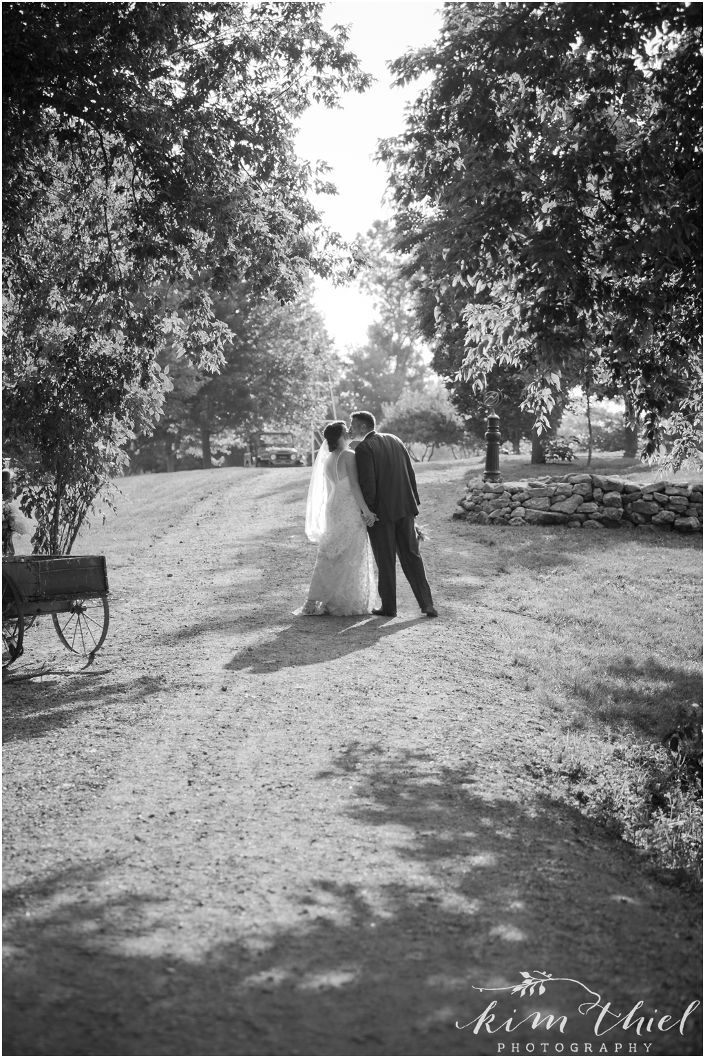 Kim-Thiel-Photography_Givens-Farm-Wedding-Hortonville-Wisconsin-27