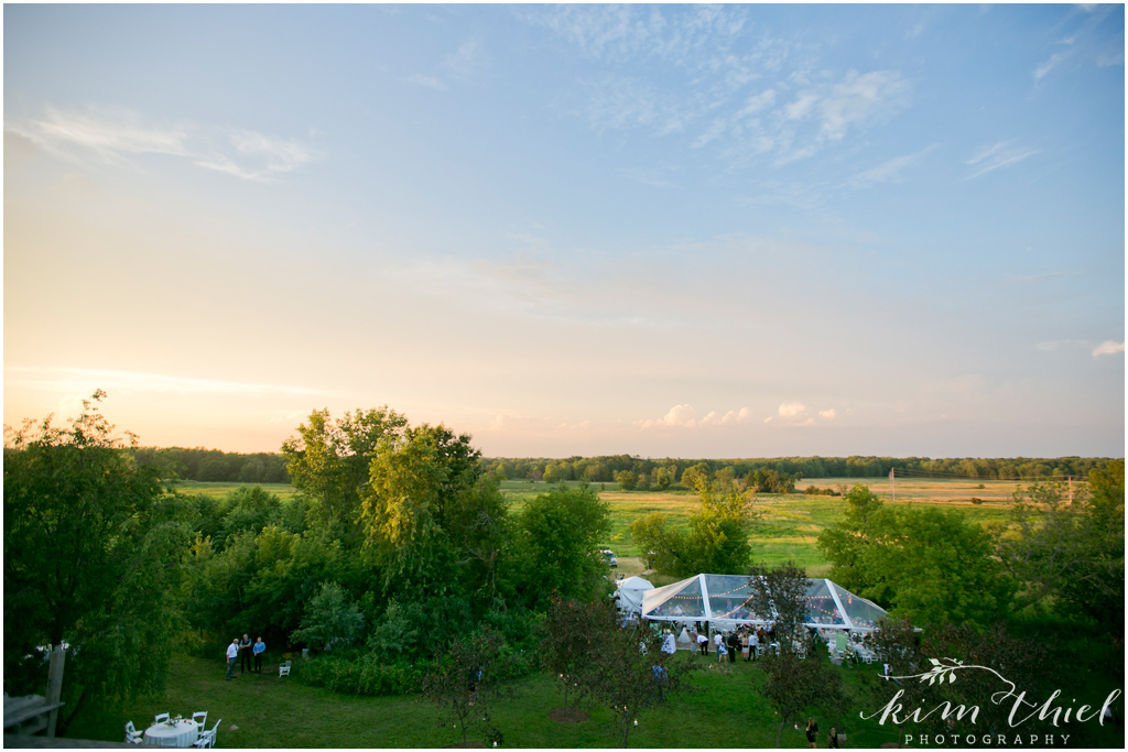 Kim-Thiel-Photography_Givens-Farm-Wedding-Hortonville-Wisconsin-54