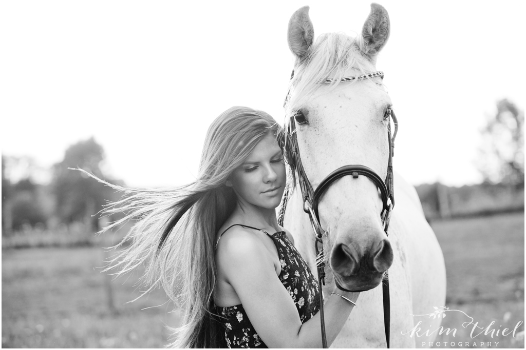 Kim-Thiel-Photography-Horse-Senior-Pictures-05