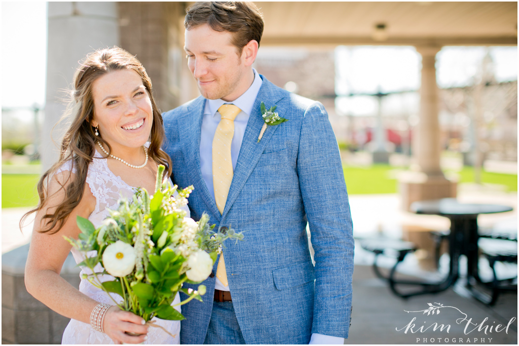 Kim-Thiel-Photography-Downtown-Neenah-Wedding-05