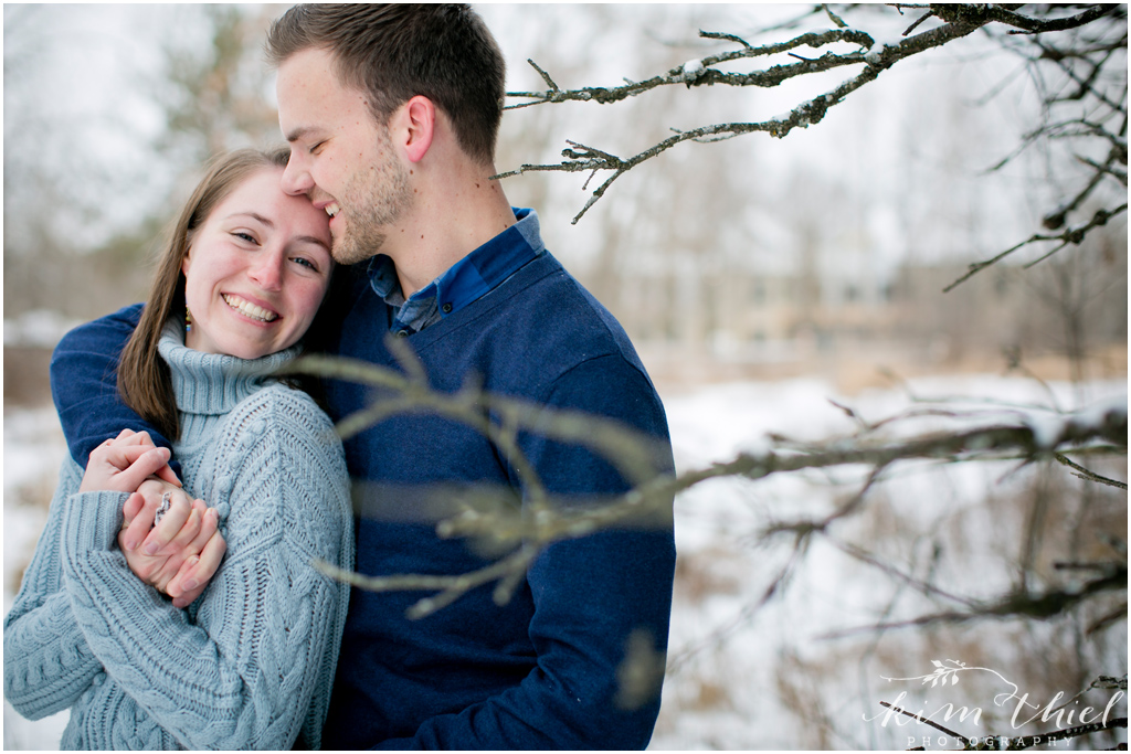 Kim-Thiel-Photography-Wisconsin-Winter-Engagement-Session-03
