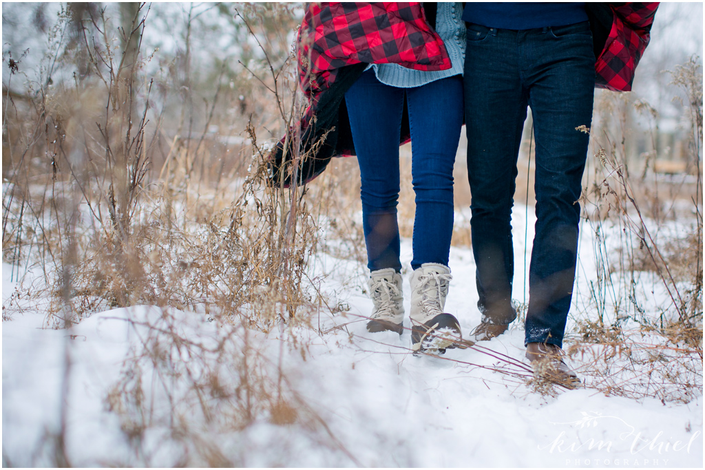 Kim-Thiel-Photography-Wisconsin-Winter-Engagement-Session-10