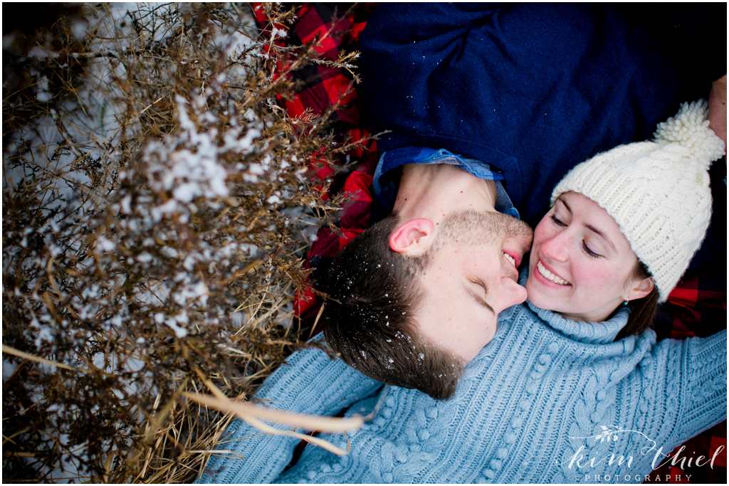 Kim-Thiel-Photography-Wisconsin-Winter-Engagement-Session-15