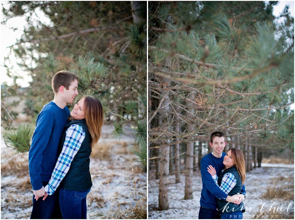 Kim-Thiel-Photography-Winter-Engagement-Session-02