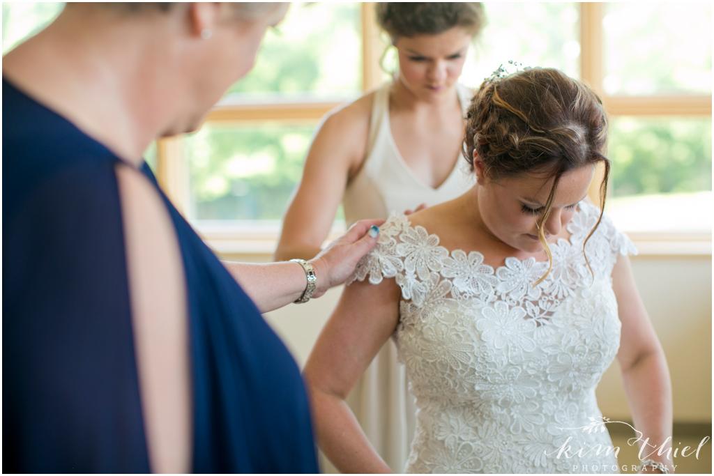 Kim-Thiel-Photography-Butte-Des-Morts-Country-Club-Wedding-09