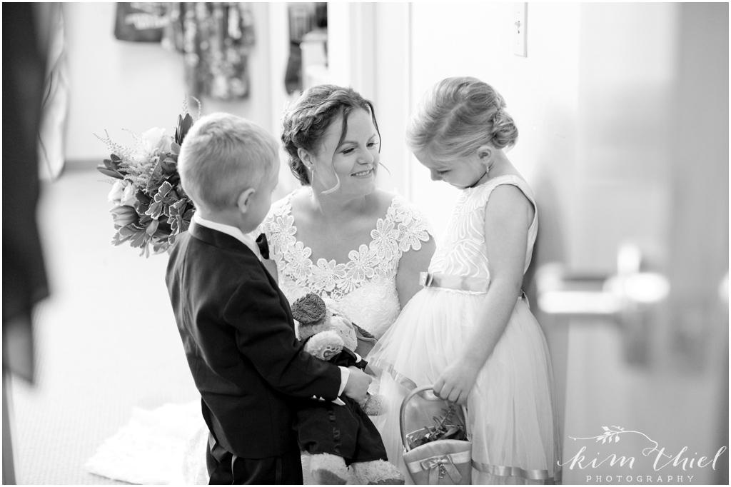 Kim-Thiel-Photography-Butte-Des-Morts-Country-Club-Wedding-16