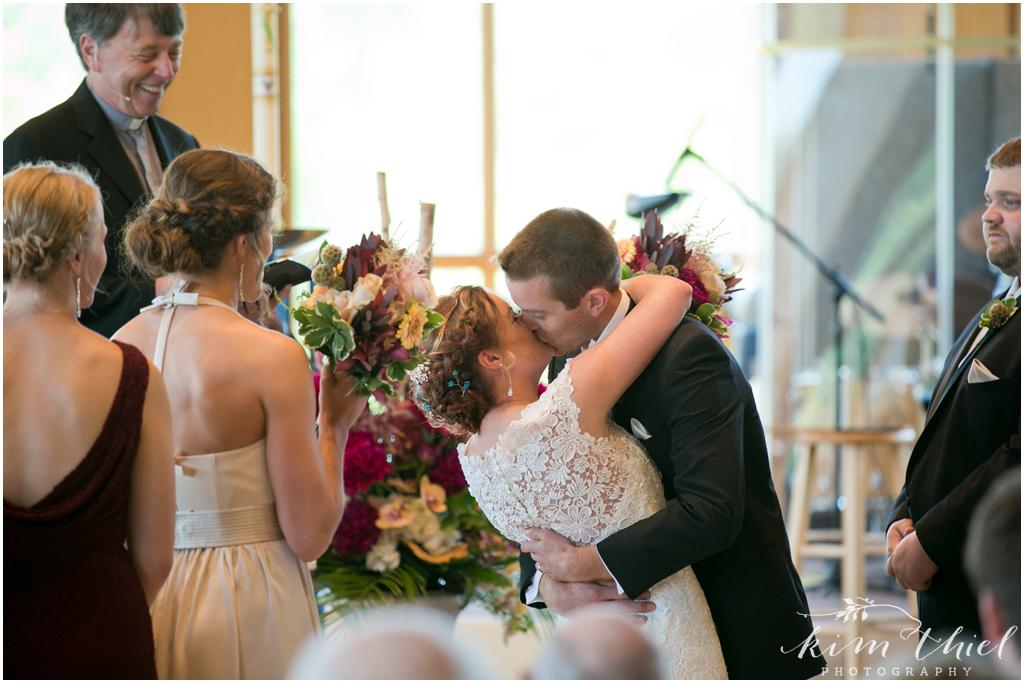 Kim-Thiel-Photography-Butte-Des-Morts-Country-Club-Wedding-21
