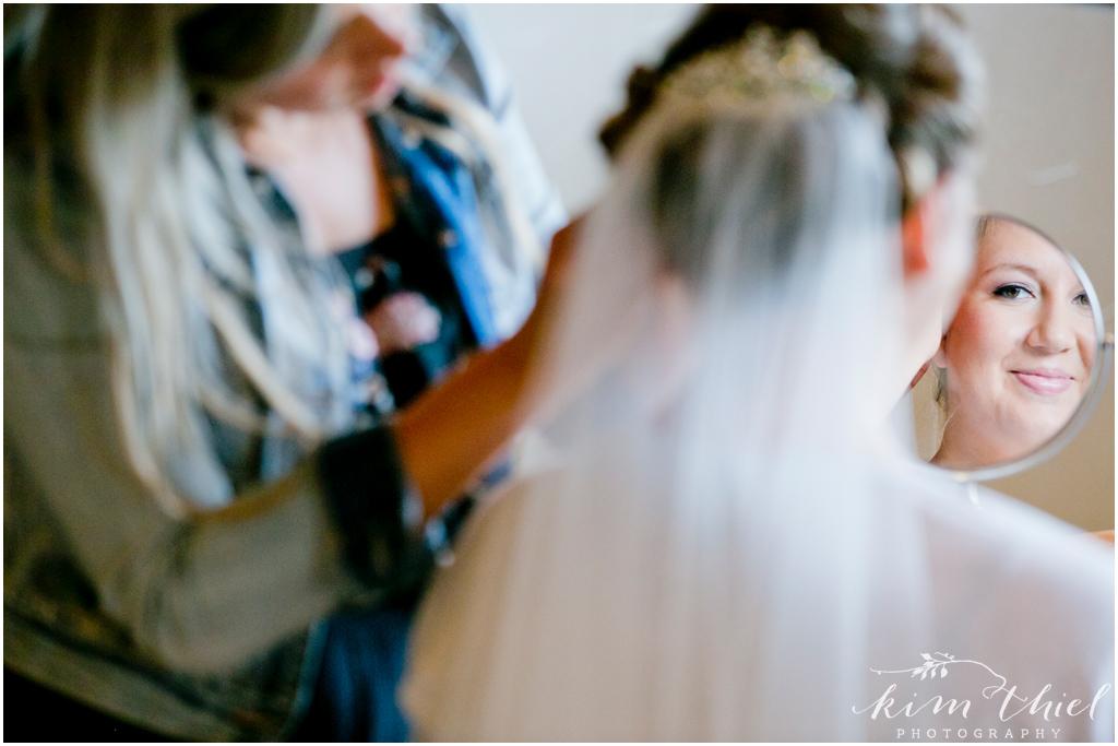 Kim-Thiel-Photography-Joyful-Wisconsin-Wedding-06