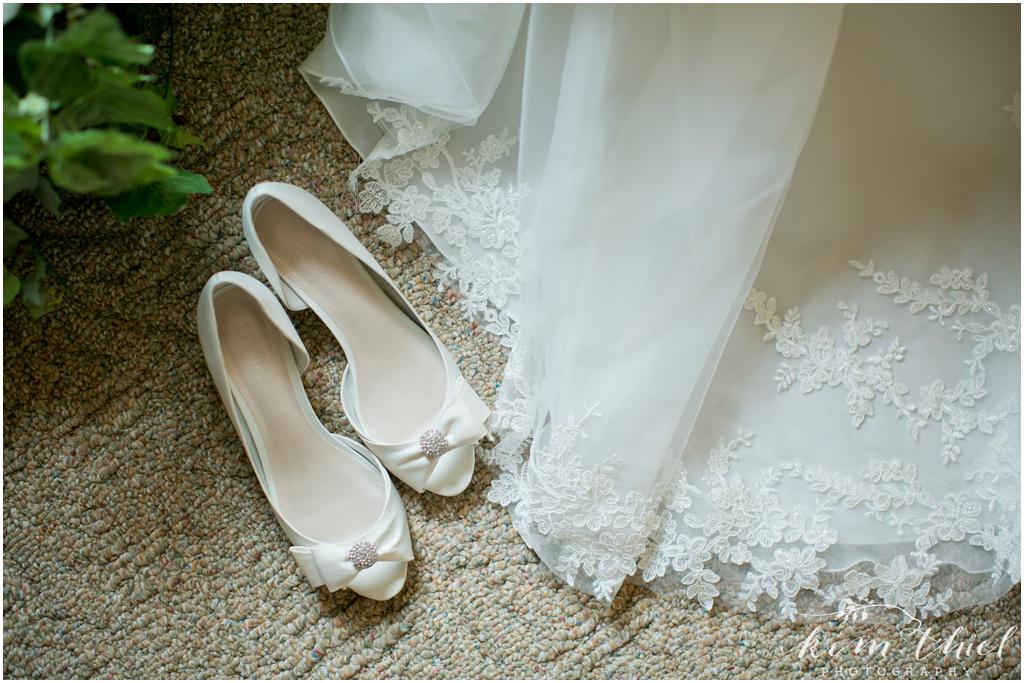 Kim-Thiel-Photography-Joyful-Wisconsin-Wedding-07