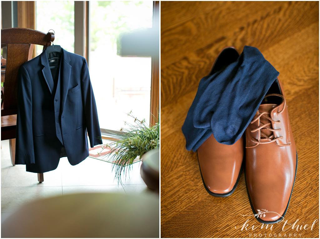 Kim-Thiel-Photography-Joyful-Wisconsin-Wedding-08