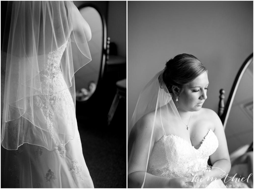 Kim-Thiel-Photography-Joyful-Wisconsin-Wedding-11