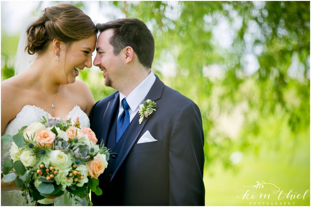 Kim-Thiel-Photography-Joyful-Wisconsin-Wedding-29