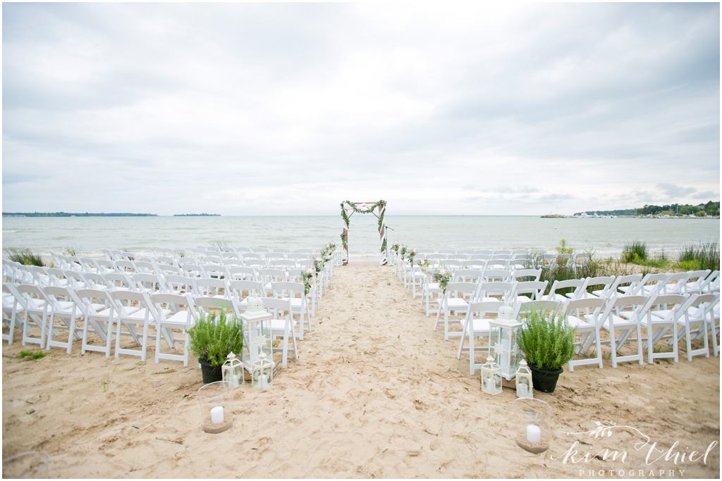 Kim-Thiel-Photography-Private-Door-County-Beach-Wedding-16