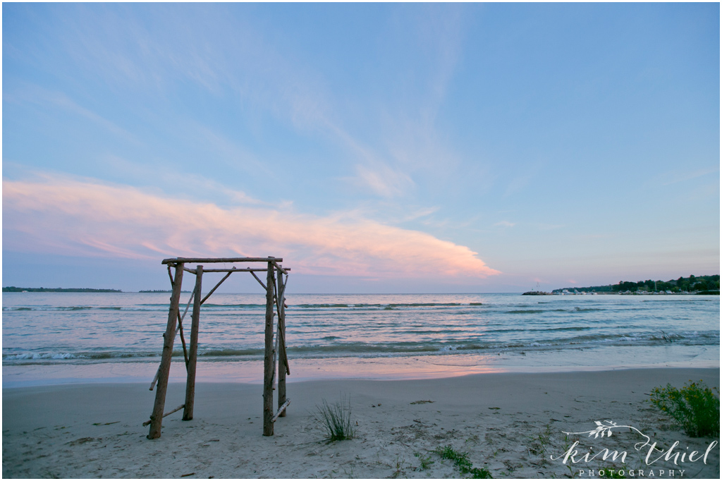 Kim-Thiel-Photography-Private-Door-County-Beach-Wedding-78